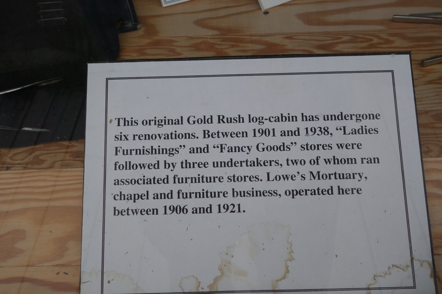 Picture of text about History of Lowe's Mortuary building